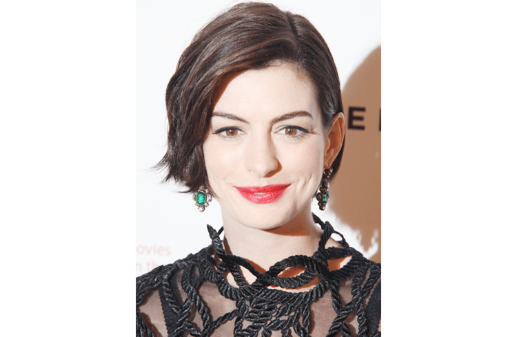 Anne Hathaway Hairstyle