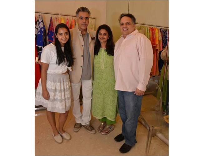 Ishita Salgaocar, Abu Jani, Dipti Salgaocar, Sandeep Khosla