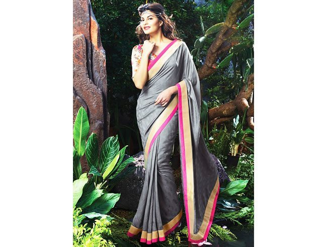 Wear saree to look slim Tall