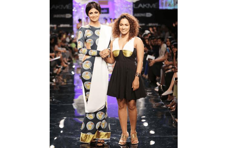 Shilpa Shetty Walks the Ramp for Masaba Gupta at Lakme Fashion Week 2015