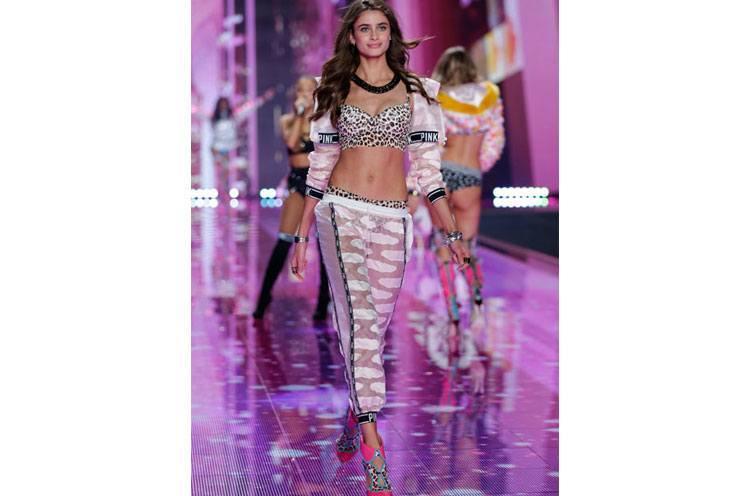 Taylor Hill Victoria fashion show