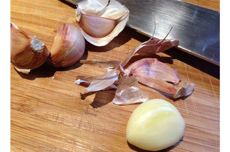 Use garlic on hair