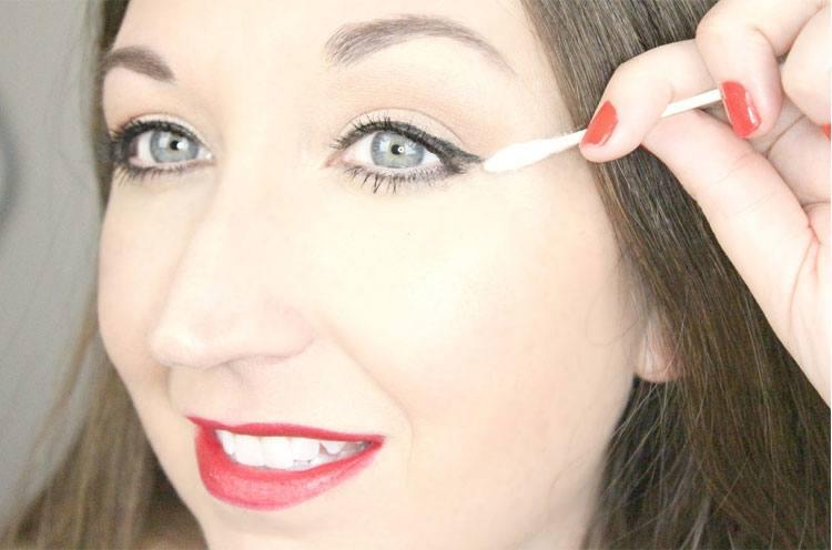 Avoid Eyeliner Mishaps