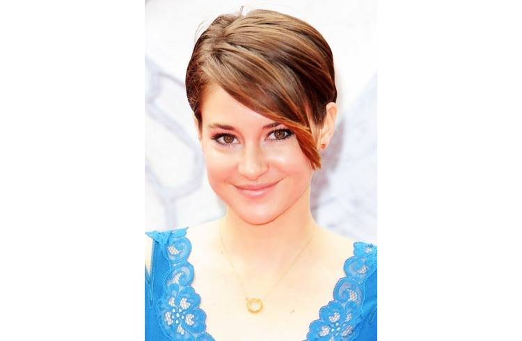 Try Celebrity Hairstyles for Summer