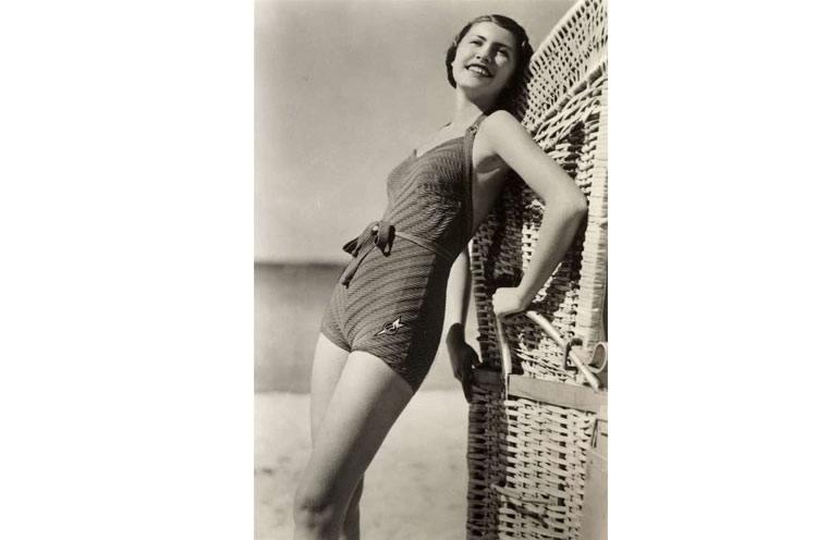 Era of liberation Swim Suits in 1960