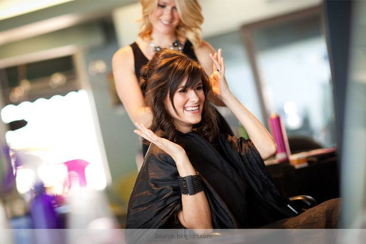 How to Trim Hair at Home