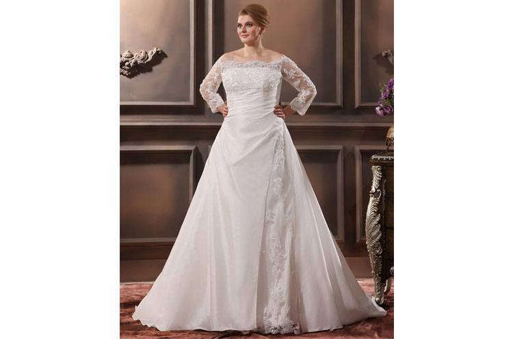 Off Shoulder Lace Applique Plus Size Wedding Dress