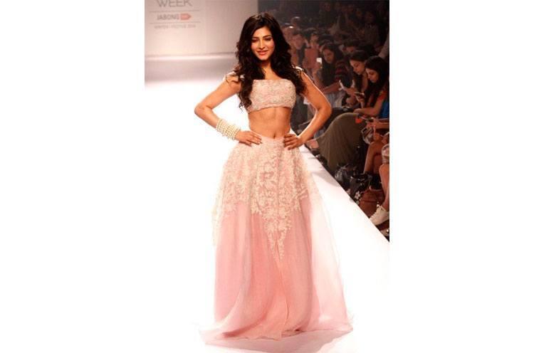 Shruti Haasan is racy lace dress