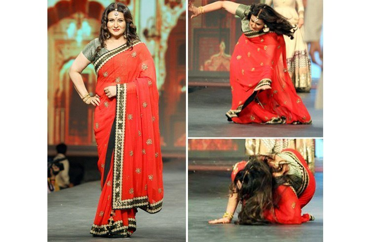 Problems While Wearing a Saree