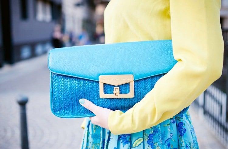 Wear blue bag