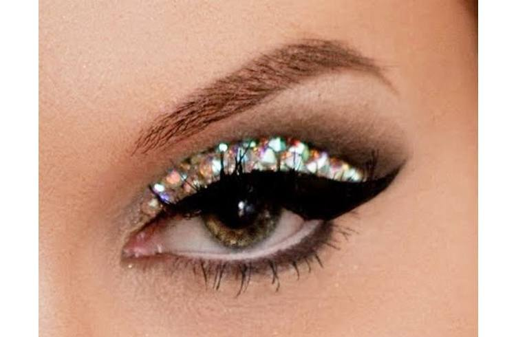 Glitter Makeup for Eyes