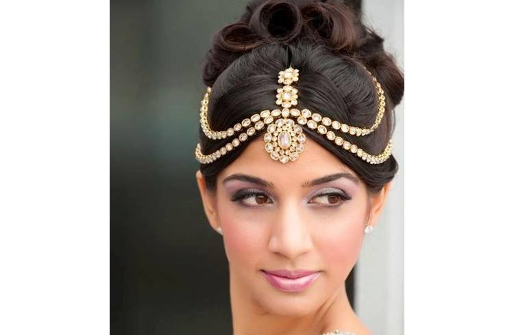 How To Wear Maang Tikka In Different Styles