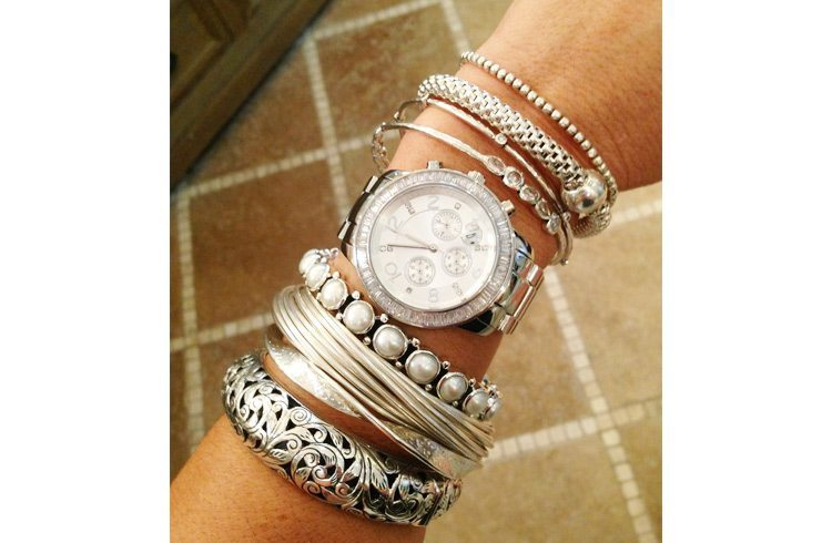 how to wear silver bangle bracelets