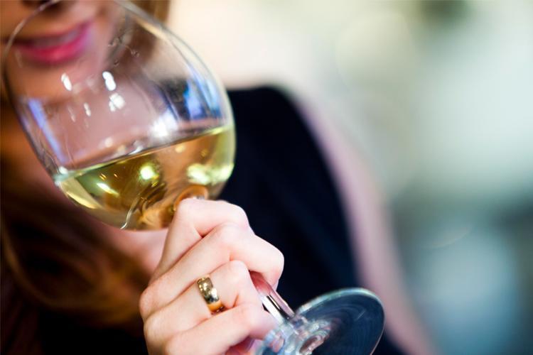 Wine drinking etiquette