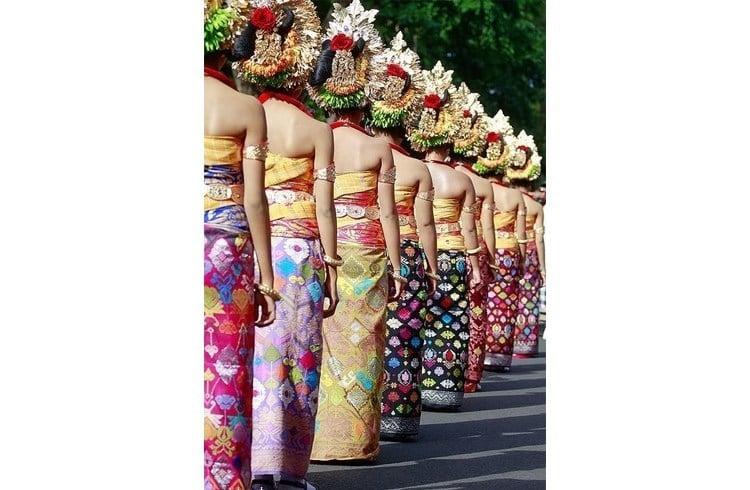 BALI sarongs