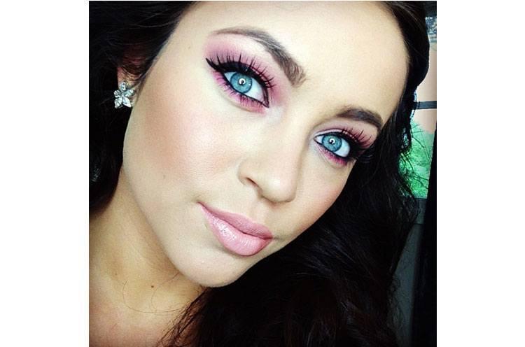 Bigger Eyes Makeup