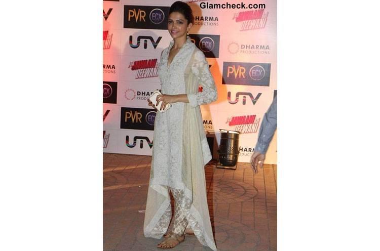 Deepika Padukone wear Kolhapuris