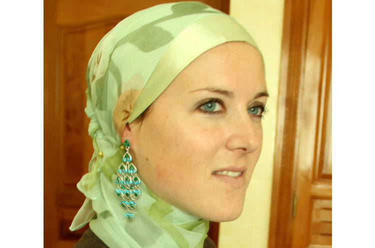 Hijab with Earrings