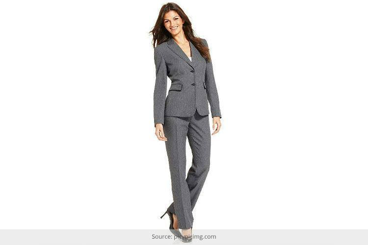 How to Wear Pant Suits