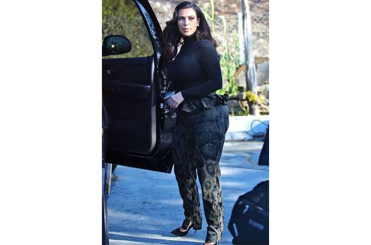 Kim Kardashians Best Maternity Style Looks