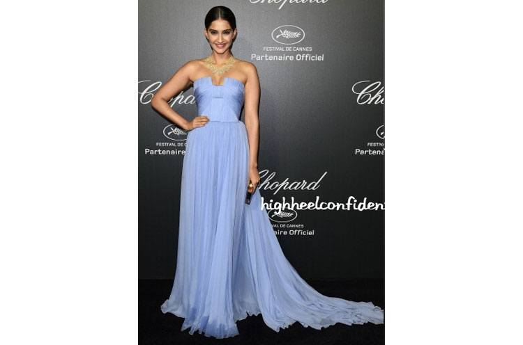 Sonam Kapoors -Fashion in Elie Saab