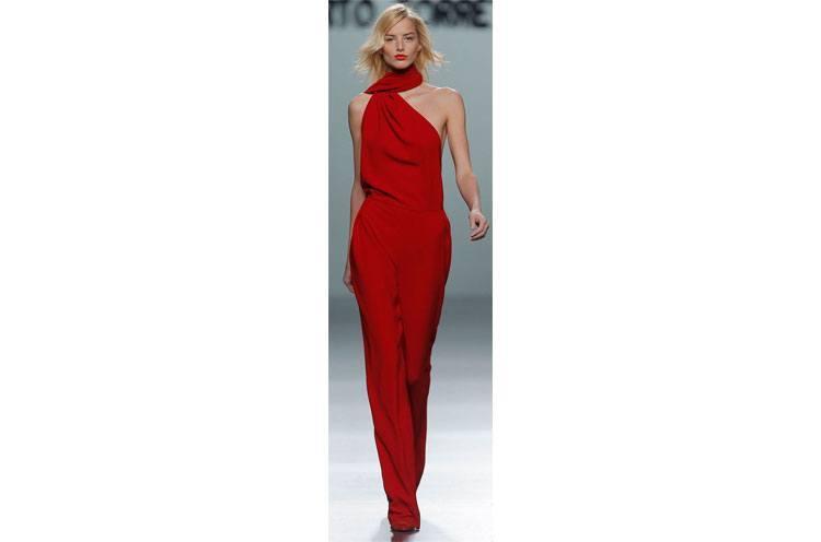 Top Secret Fashion Tricks To Look Taller