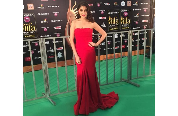 Anushka Sharma at IIFA 2015 Awards