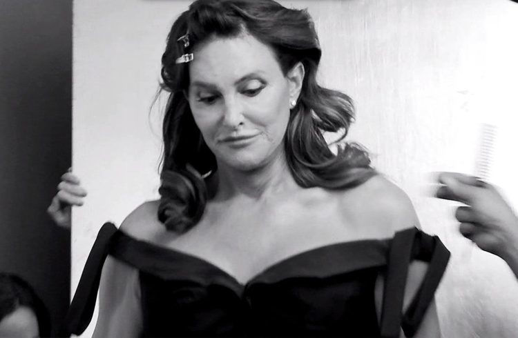 Caitlyn jenner s black and white pictures goes viral on the internet