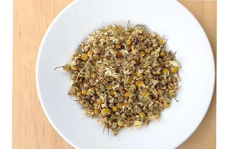 Chamomile Powder for holistic treatments