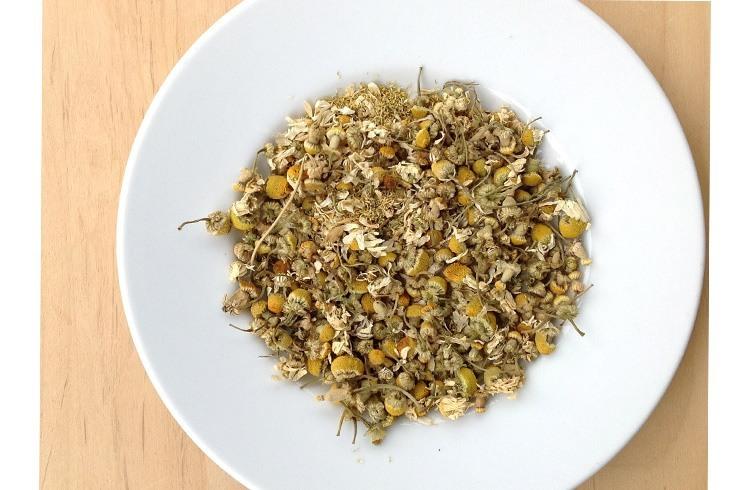Chamomile Powder for holistic treatments