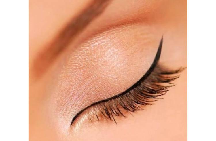 Eyeliner and mascara