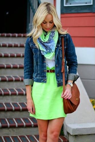 fashion outfits gor fall with neon yellow
