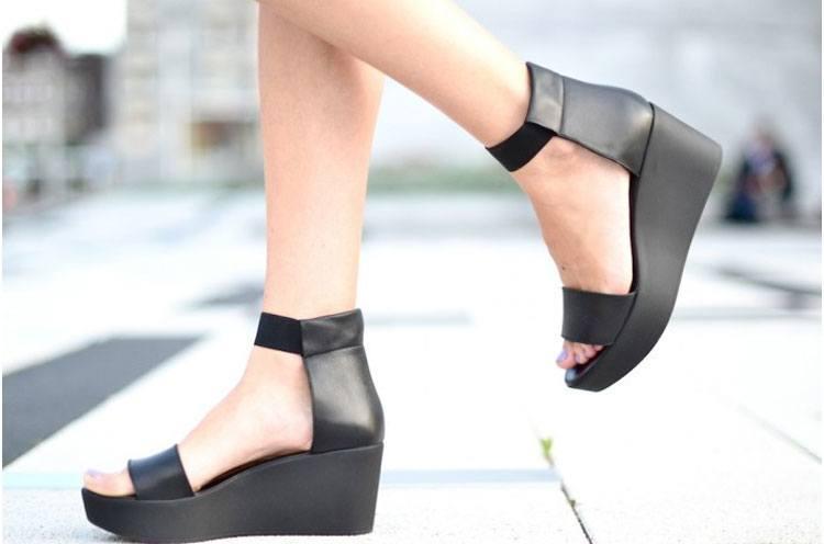 flatform sandals office