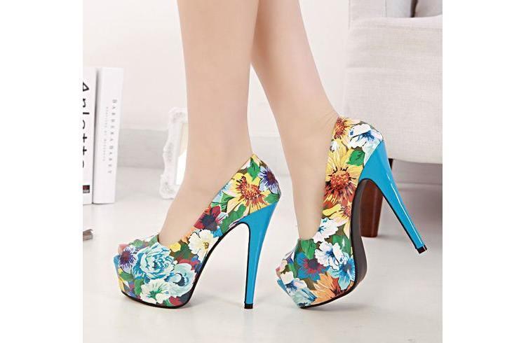 Floral boldest trending heels