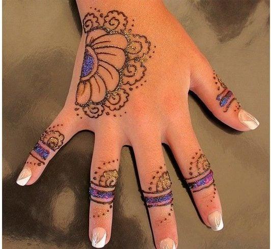 glitter mehndi designs for kids