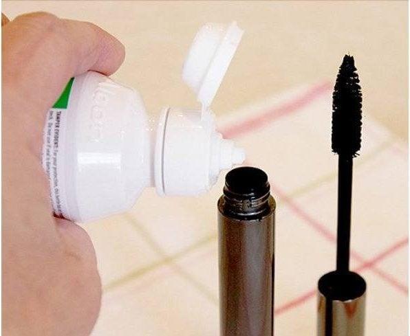 Mascara Contact Solution