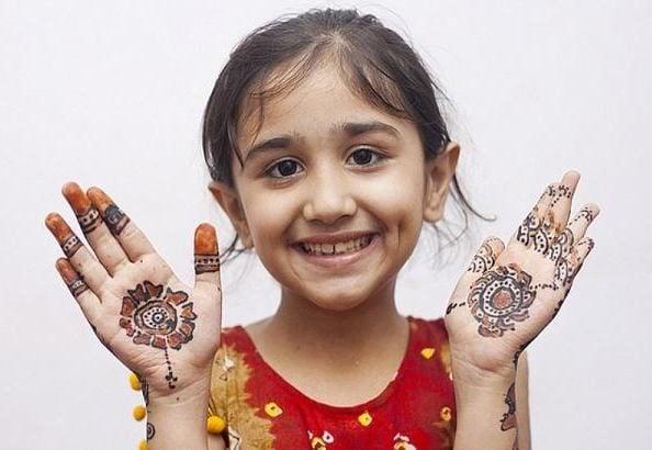 mehndi design patterns For kids
