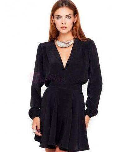 Minidress for date in summer