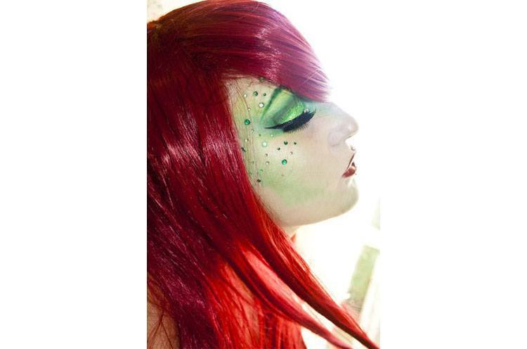 poison ivy eye shadow