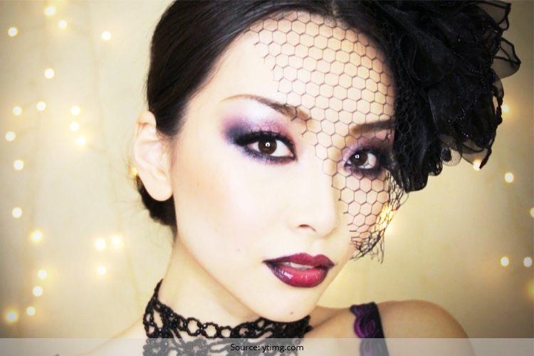 Right Gothic Makeup