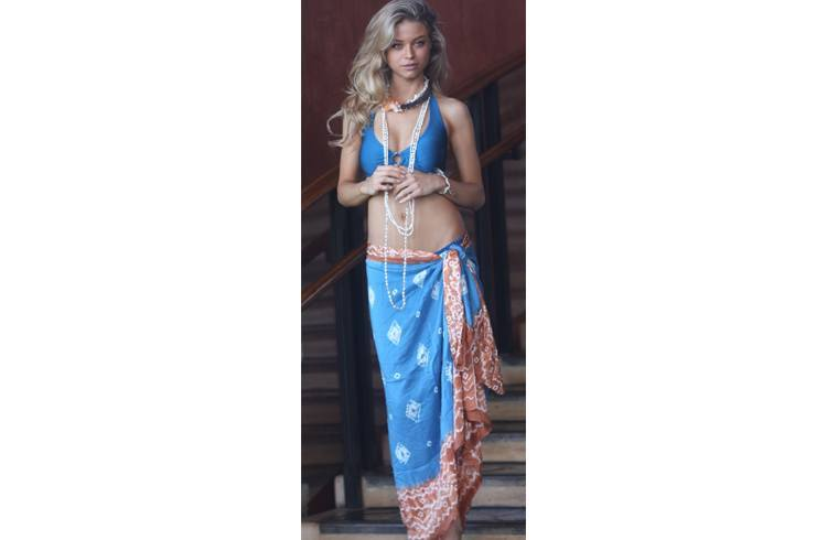 Sarongs with chunky neckpieces