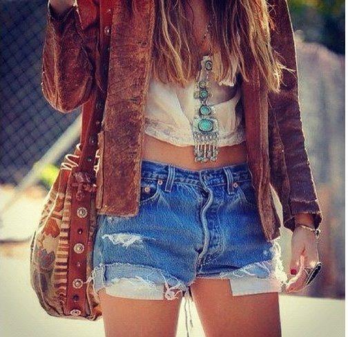 Street style boho girl