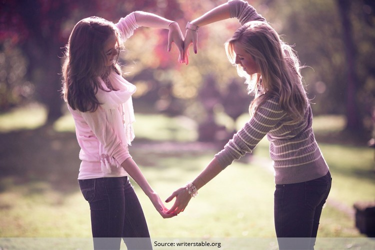 Gift Your BFF for Friendships Day