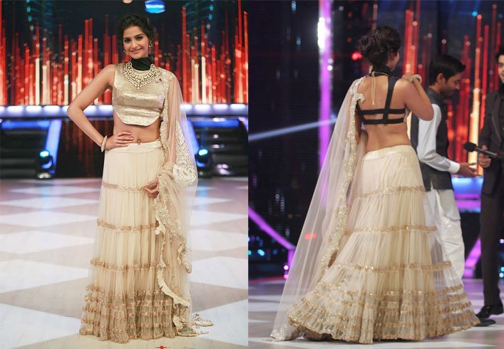 Backless Blouse For Sonam Kapoor.