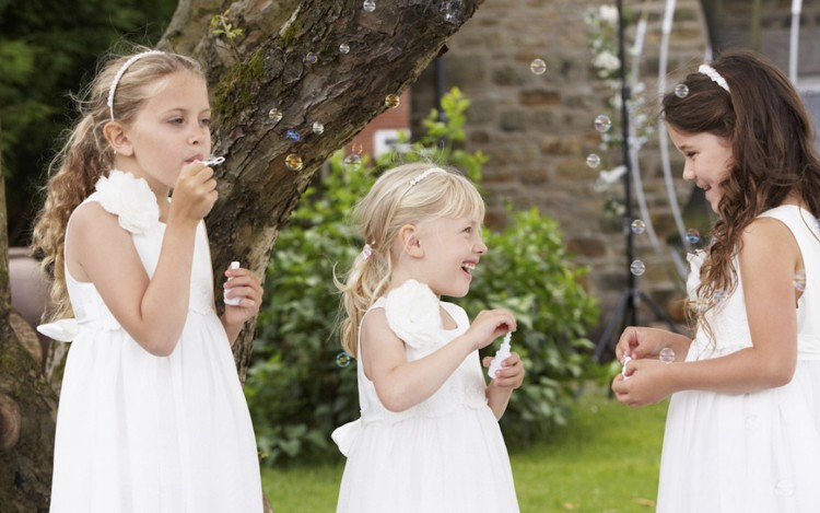How to Involve Your Children in Your Wedding
