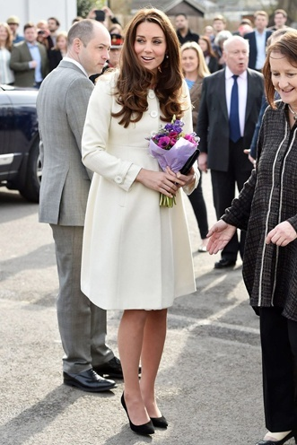 Kate Middletons royal maternity style