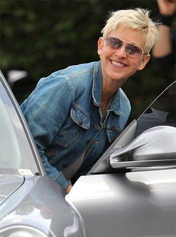 Ellen De Generes in Denim Shirt