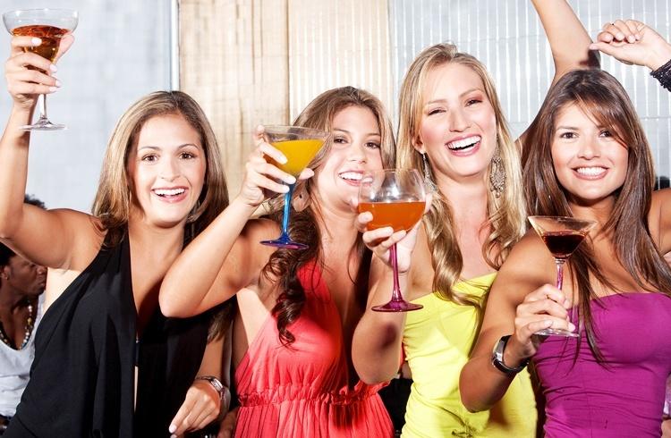 Hen party cocktail lisbon