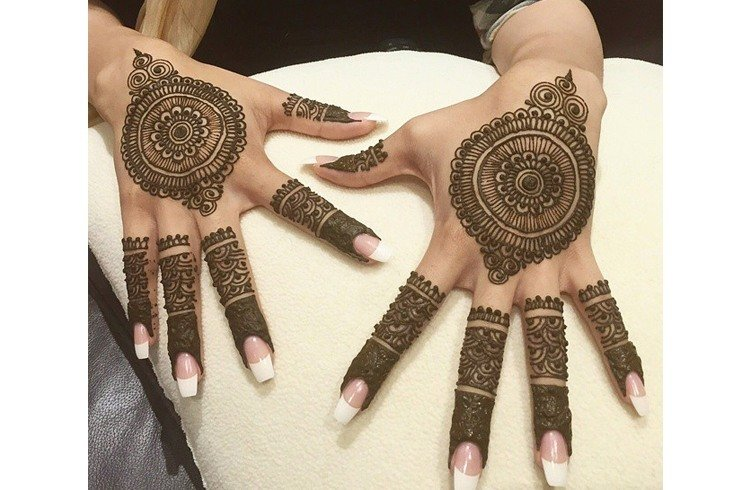 Royal mehndi instagram accounts
