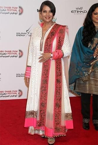 Shabana Azmi dressing styles